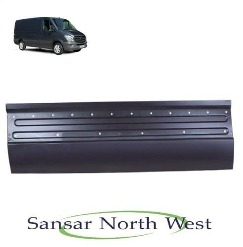 Mercedes Benz Sprinter  Drivers Side Loading Lower Door Skin  O/S RIGHT 13-18